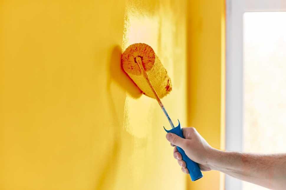 Amenajare completă interior apartament – zugrăvire – baie – instalații sanitare