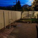Amenajare curte gard tablă zincată și pavele beton